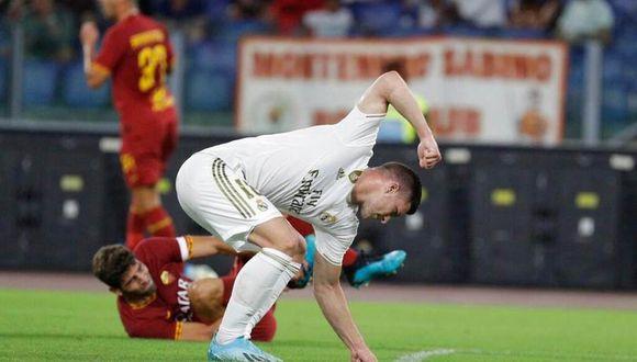 Luka Jovic aislado por tener contacto con un caso positivo de coronavirus, según medios españoles. (Foto: AFP)