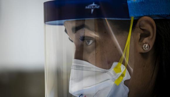 Médicos, enfermeras y todo el personal de Salud se encuentran al frente de la lucha contra el coronavirus en Estados Unidos y en todo el mundo. (Foto: AP)