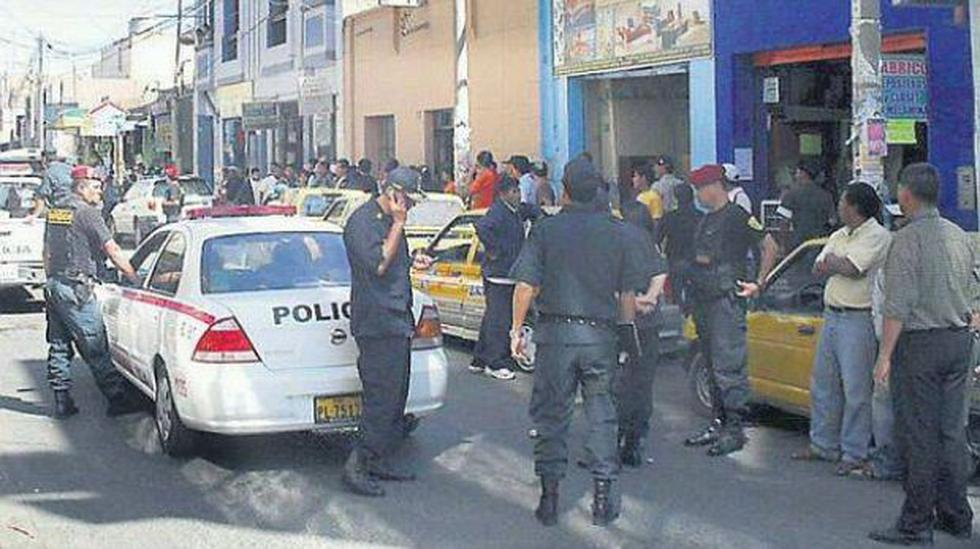 Huarmey: atentan contra candidata a alcalde y hieren a chofer - 1