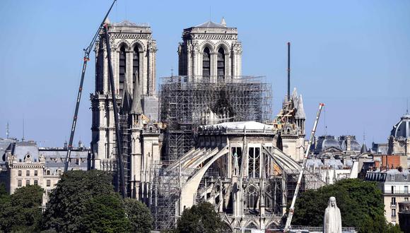 Las obras en la catedral de Notre Dame, que debían reanudarse la próxima semana, arrancarán finalmente el 19 de agosto. (Foto: AFP).