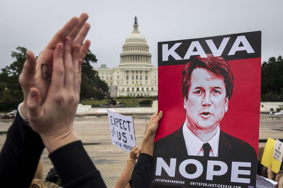 Cientos de personas protestaron contra el juez Brett Kavanaugh. (AFP).