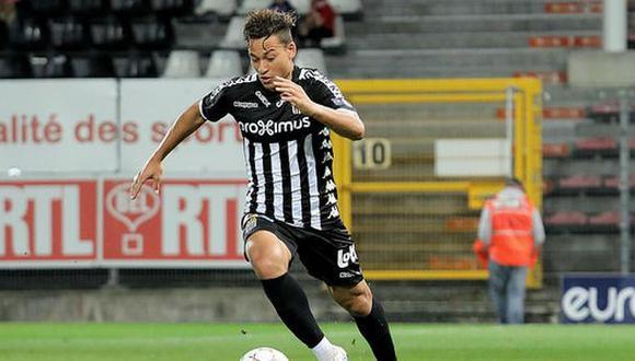 Cristian Benavente disputó su primer partido con la  camiseta del Sporting Charleroi. (Foto: Sporting Charleroi)