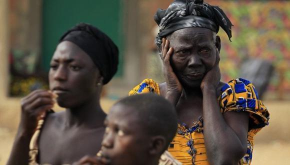 Nigeria: Miles huyen hacia Camerún por miedo a Boko Haram