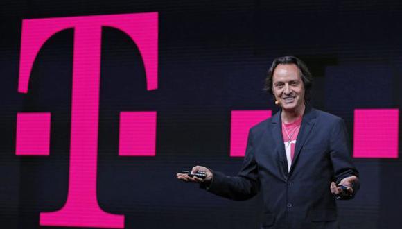 AT&T ofrece US$ 450 a usuarios de T-Mobile para que se cambien a su red