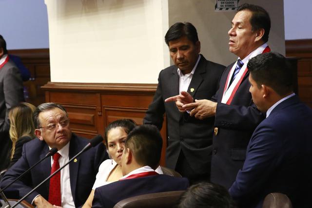 La bancada de Unión por el Perú (UPP), partido aliado al encarcelado mayor EP (r) Antauro Humala, ha promovido dos mociones de vacancia contra el presidente Martín Vizcarra. (Foto: Congreso)