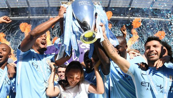 Manchester City obtuvo el galardón de la Premier League luego de empatar sin goles con el modesto Huddersfield Town en Etihad Stadium. (Foto: AFP)