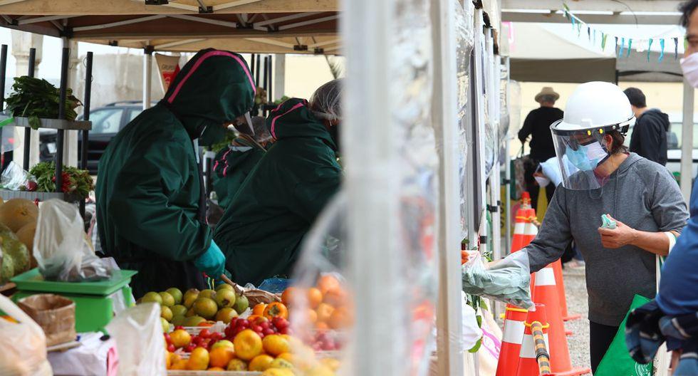 Son en total 57 proveedores los que participan en Agroferias Campesinas. Todos se han hecho la prueba rápida para descarte de COVID-19. (Foto: Alessandro Currarino)