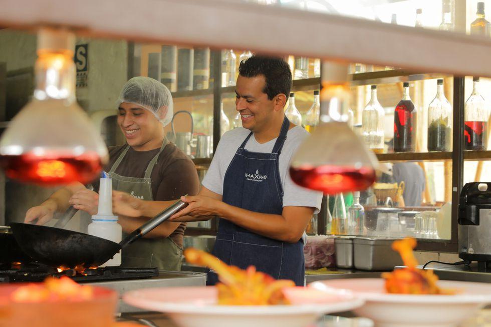 Eduardo Navarro llevará lo mejor de su restaurante Chaxras a una cena buffet en el Marriott. (Foto: Difusión)