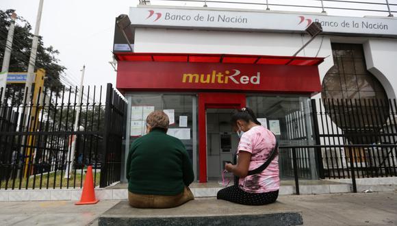 Los beneficiarios del Bono Universal Familiar deberán tener una línea de celular a su nombre y un correo electrónico para activar la Cuenta DNI y cobrar los S/ 760. (Foto: Fernando Sangama / GEC)