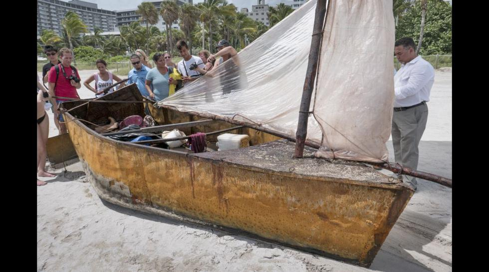 La precaria balsa en la que llegaron 12 cubanos a Miami Beach - 5