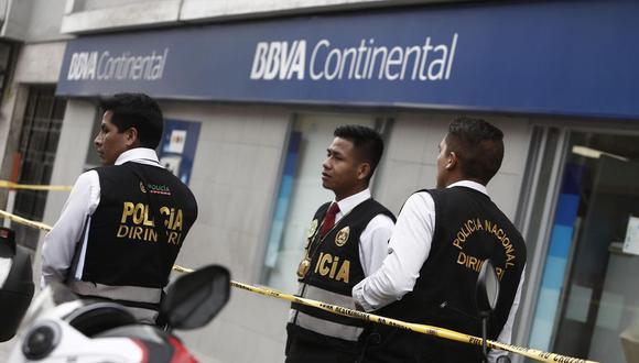 En marzo de este año, cuatro delincuentes asaltaron una agencia bancaria en Los Olivos. (Foto: El Comercio / Referencial)