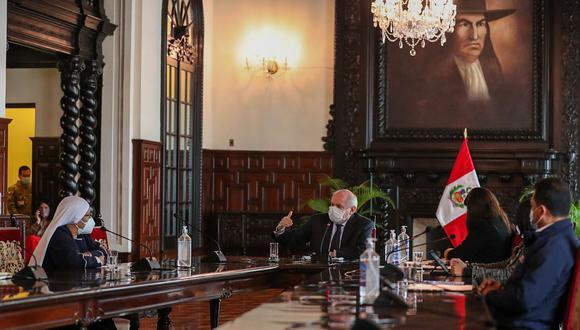 Los miembros de la bancada de Frepap acudieron a la cita con Pedro Cateriano y varios ministros. (Foto: PCM)