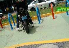 San Isidro: estacionan motos en parqueo para bicicletas (FOTOS)