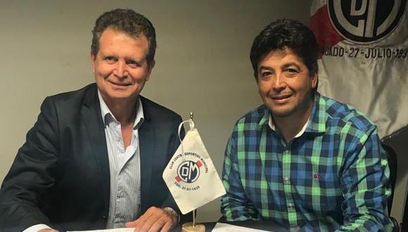 Víctor Rivera es uno de los pocos entrenadores peruanos que se mantuvo en su cargo durante toda la temporada. Ahora seguirá bajo el mando de Deportivo Municipal por todo el 2019. (Foto: Twitter)