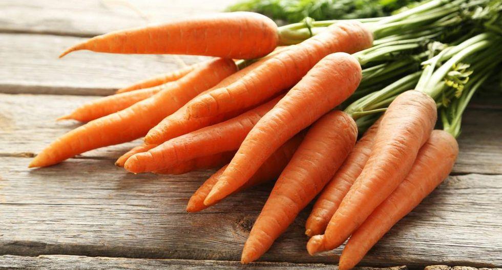 Zanahoria. Conocida por sus propiedades como la vitamina C y el hierro. Este alimento también funciona como un laxante y, gracias a su fibra, se puede desintoxicar el intestino. De este modo, se elimina impurezas y residuos de nuestro organismo. Así lo determinó un estudio del Instituto Politécnico Nacional de México. (Foto: Shutterstock)