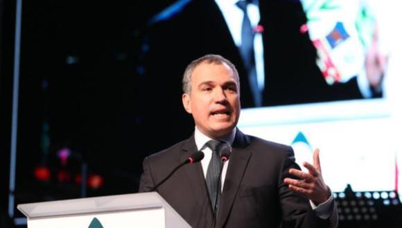 Salvador del Solar, presidente del Consejo de Ministros, durante su presentación en Perumin