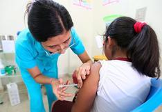 Niñas y adolescentes se podrán vacunar todos los domingos de octubre contra el virus del papiloma humano