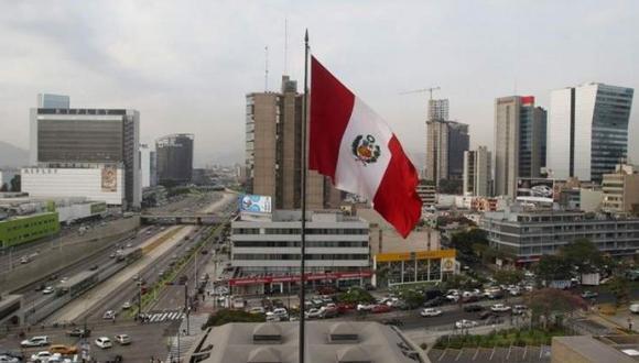 """""""Necesitamos que las personas tengan dinero y que pueda haber un consumo privado que incentive el crecimiento y el desarrollo del país"""", afirmó León. (Foto: Archivo)"""
