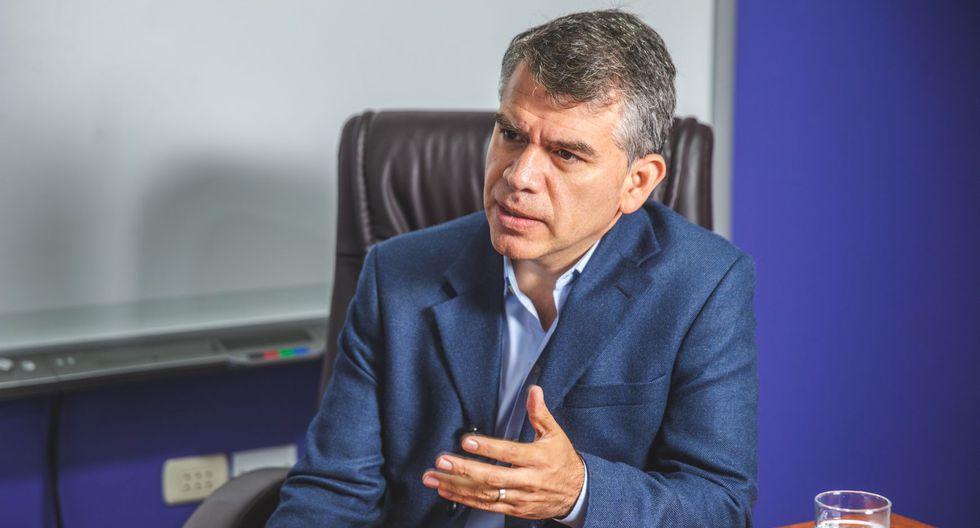 Julio Guzmán brindó explicaciones a dirigentes del Partido Morado este lunes, comentó el dirigente Carlo Magno Salcedo. (Foto: GEC)