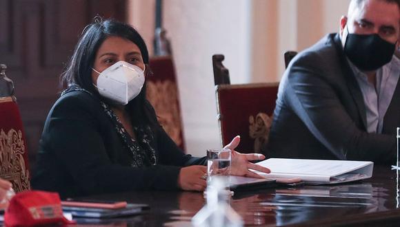 La nueva ministra de Justicia, Ana Neyra, se refirió a la reforma política pendiente de aprobar en el Congreso. (Foto: PCM)