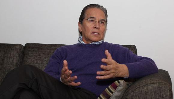 """Huaroc: """"No he traicionado nada, soy de izquierda democrática"""""""