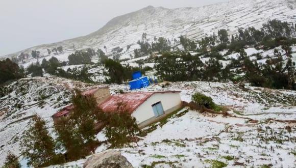 Por tercera vez, una intensa granizada afectó 70 hectáreas de diferentes cultivos en varios centros poblados del distrito de Acoria. Foto: Andina