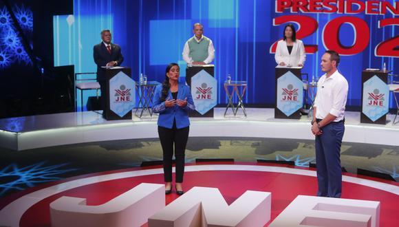 Primera jornada de debates estuvo cargada de ataques políticos. (Foto: Mario Zapata / GEC)