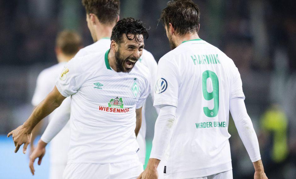 Claudio Pizarro es el goleador histórico del Werder Bremen y el último martes marcó un golazo ante el Borussia Dortmund. Su actuación no pasó desapercibida a nivel mundial. (Foto: AFP)