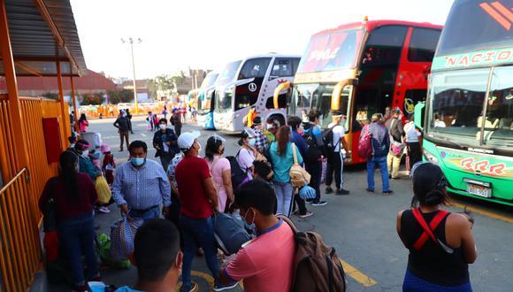 En los niveles de alerta sanitario alto y moderado, el Gobierno dispone que el servicio de transporte interprovincial es libre. (Foto: GEC)
