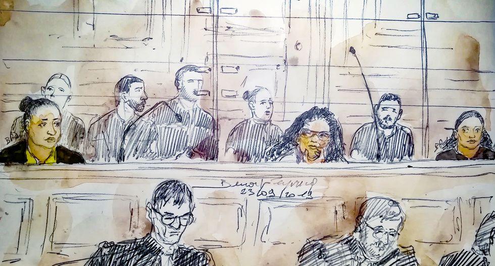 Dibujo de la audiencia celebrada el 23 de septiembre, donde se retrata a las acusadas de terrorismo (de izquierda a derecha): Ines Madani, Ornella Gilligmann y Sarah Hervouet. (AFP)
