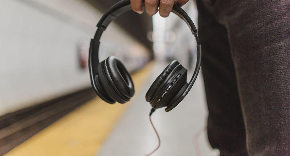 Los audífonos te permitirán tener una experiencia más completa a la hora de escuchar el 'audio 8D'. (Pexels)