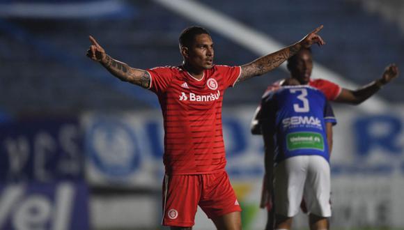 Paolo Guerrero y gol con Internacional. (Twitter Internacional)