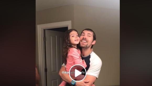 Un año después, padre e hijo hicieron el más tierno remake de la canción de Maroon 5 (Foto: captura Facebook)