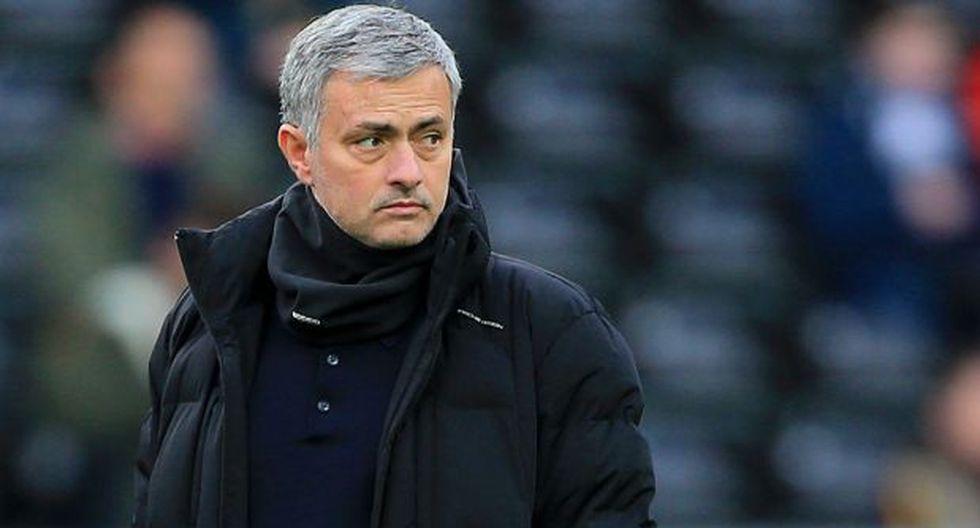 """Mourinho y el """"excelente gesto"""" con los jugadores del Bradford"""