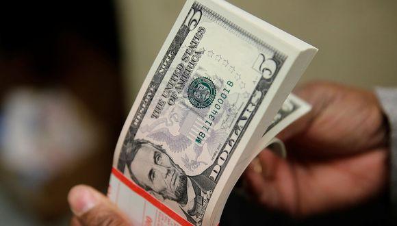 El precio del dólar en México abrió a la baja el viernes 24 de abril. (Foto: Reuters)