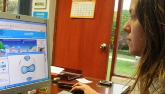 Ipsos Perú: el 55 % de las amas de casa en Lima usa internet