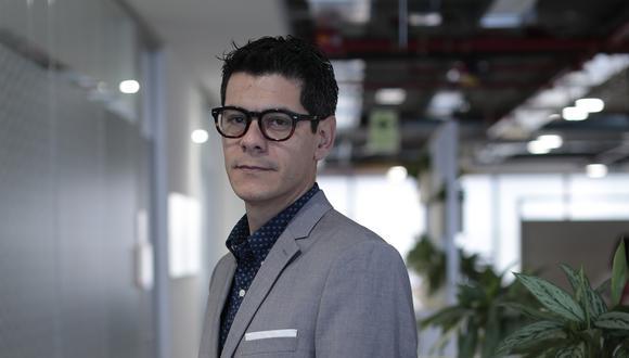 """""""Este tipo de medidas va a hacer que la industria farmacéutica local tenga que reinventarse"""", afirma Acebedo, sobre la ley de genéricos. (Foto: Marco Ramón)"""