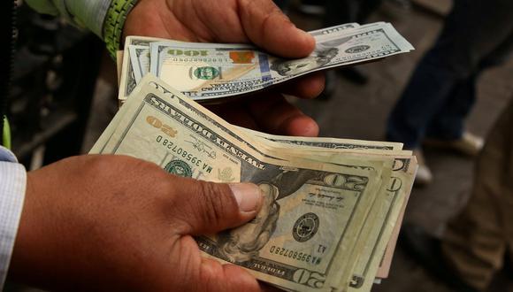 El tipo de cambio cerró en su última jornada a S/3,409 en el mercado interbancario. (Foto: Reuters)