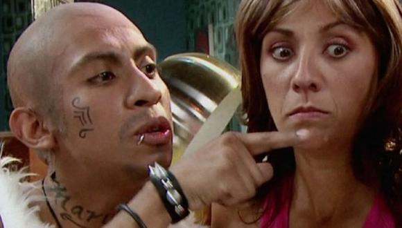 'El Dedotes' junto a Federica en el capítulo 20 de la segunda temporada (Foto: Televisa)