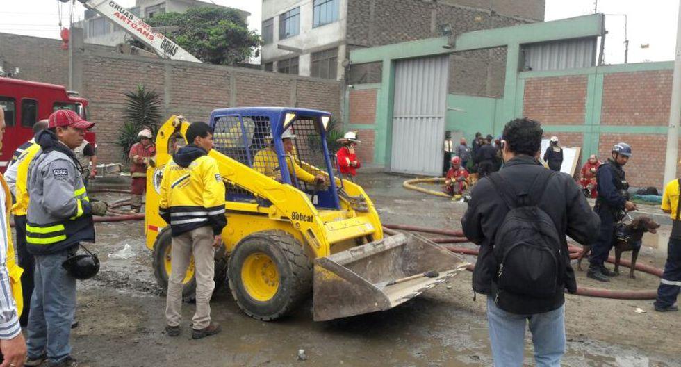 Incendio en El Agustino: bomberos siguen trabajos tras 12 horas - 20