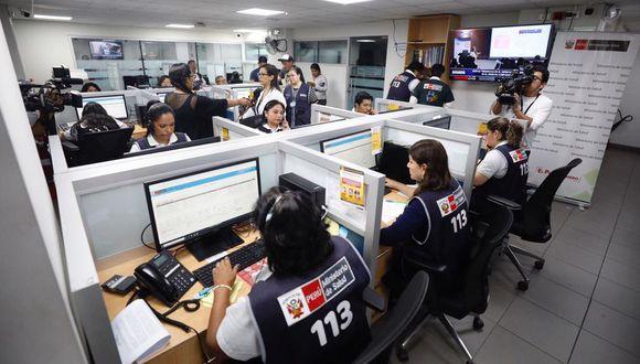 La principal línea de emergencias es la Línea 113, que ha sido repotenciada como una plataforma que puede recibir 80 mil consultas diarias. (Foto: El Comercio)
