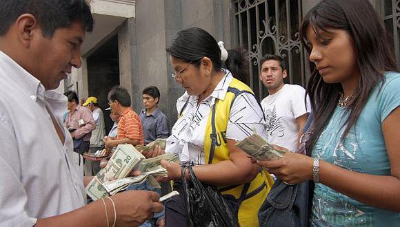 El tipo de cambio y la bolsa limeña amanecen con pérdidas