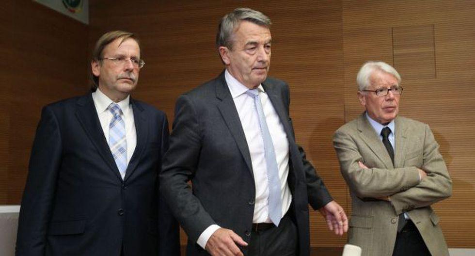 Presidente de fútbol alemán dimite tras escándalo de corrupción - 1