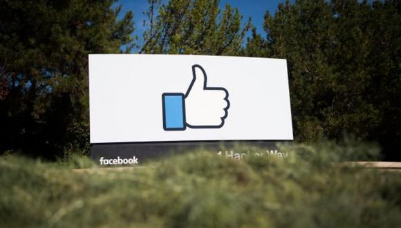 Facebook no deja que sus usuarios hagan posteos en blanco. Pero en escritorio con ALT y marcando en el teclado numérico 0173 se puede.  (Foto: AFP)