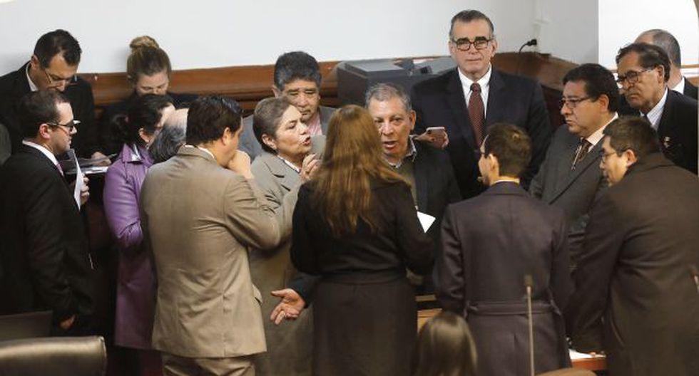 A lo largo de la jornada, el debate se interrumpió varias veces debido a las discrepancias que tuvieron los congresistas sobre la propuesta de inmunidad parlamentaria. (Anthony Niño de Guzmán)