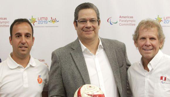 Gustavo San Martín (centro) fue basquetbolista y en Lima 2019 estuvo a cargo de la dirección de deportes. (Foto: LIma 2019)