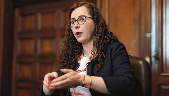 Rosa Bartra pertenece a la Comisión Permanente. Foto: César Campos