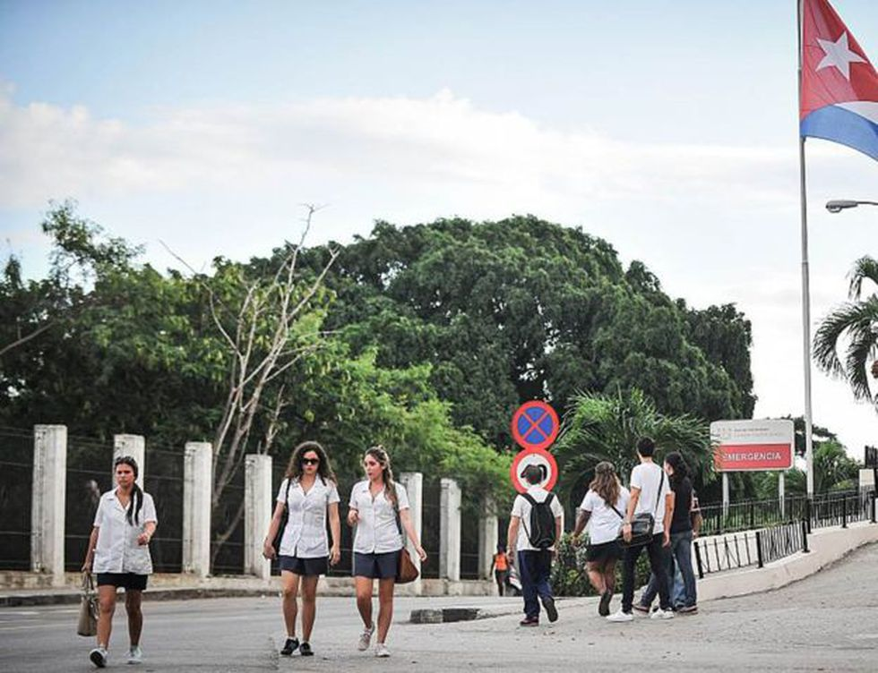 El gobierno cubano afirma que sus honorables médicos salvaron casi un millón y medio de vidas en Venezuela.