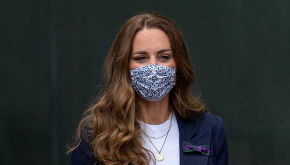 Catalina de Cambridge está en aislamiento como medida de prevención, pero dos miembros de la familia real británica ya tuvieron COVID-19. (Foto: Joe Toth / AFP)