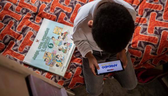 Los diversos programas de Aprendo en Casa, que se transmiten por TV, radio e Internet, forman parte de la estrategia del Gobierno para continuar educando a los niños y niñas peruanos durante la pandemia.